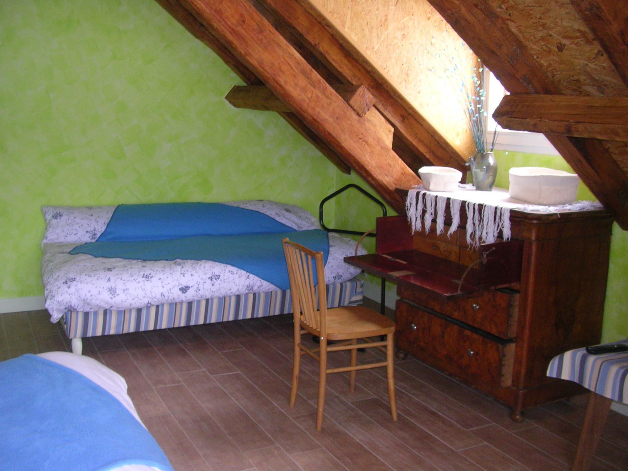 chambres à la ferme de la Montagne Verte dans chambres à la ferme chambre1dehors005