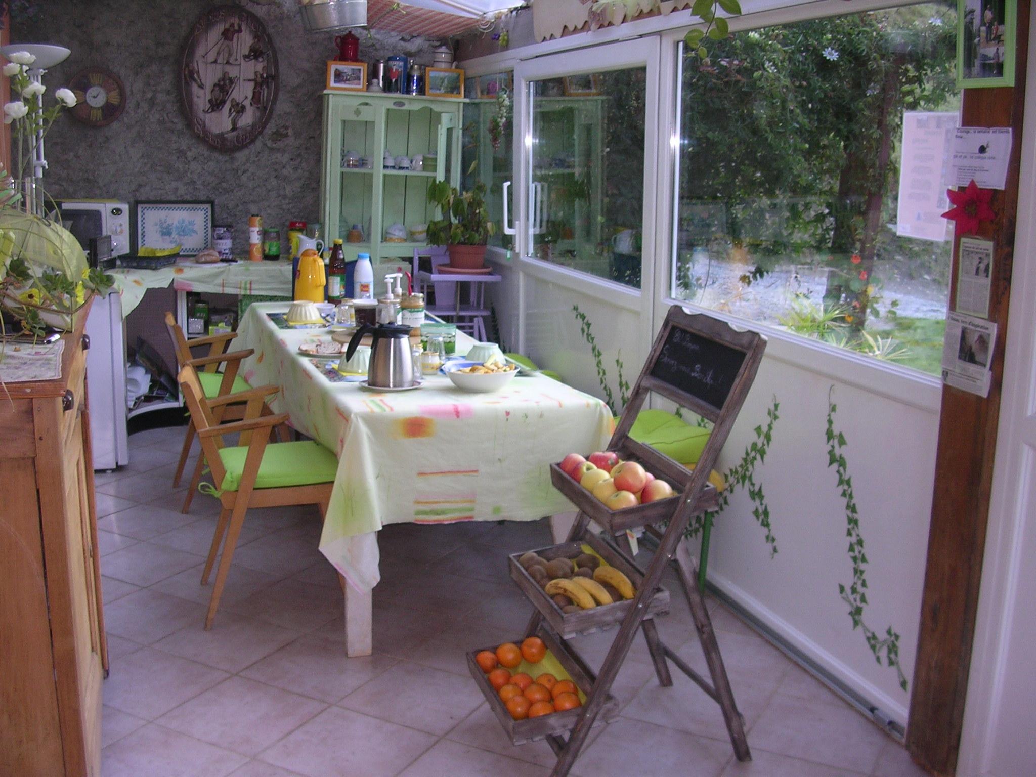 La table d' hôtes dans location AAS vranda005